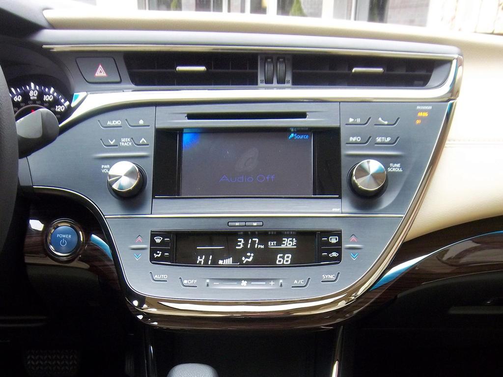 اسعار صور أفلون الجديدة Toyota 2013-Toyota-Avalon-Hybrid-Center-Stack.jpg