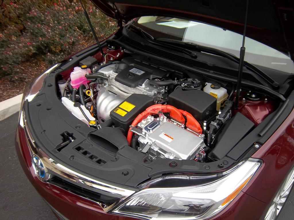 اسعار صور أفلون الجديدة Toyota 2013-Toyota-Avalon-Hybrid-Engine.jpg