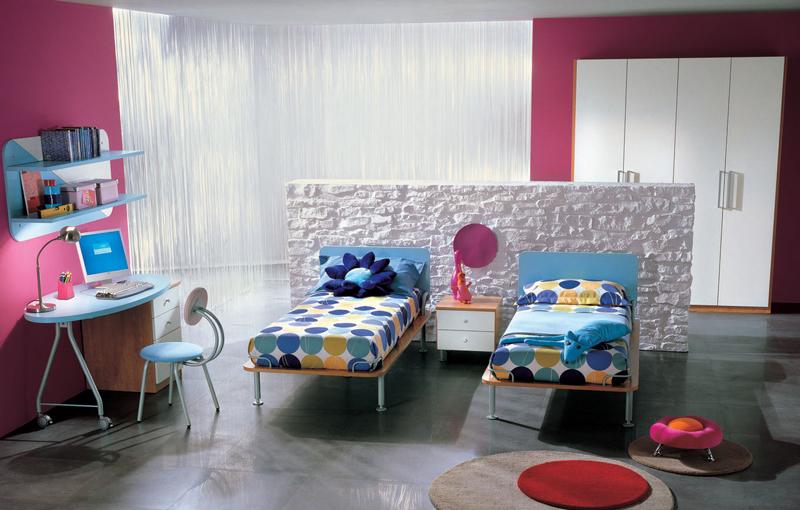 : غرفة نوم بنات بسريرين : سرير