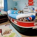 غرفة طفل تصميم السرير عباره عن قارب بحري