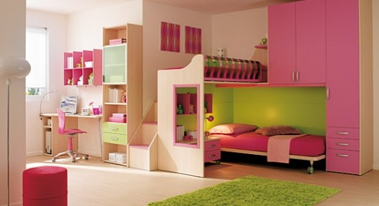 غرفة بنات سريرين فوق بعض