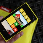 هاتف نوكيا لوميا 920 اللون اصفر