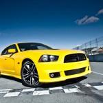 تشارجر الجديدة اللون اصفر 2013-Dodge-Charger-SRT8- - 4493