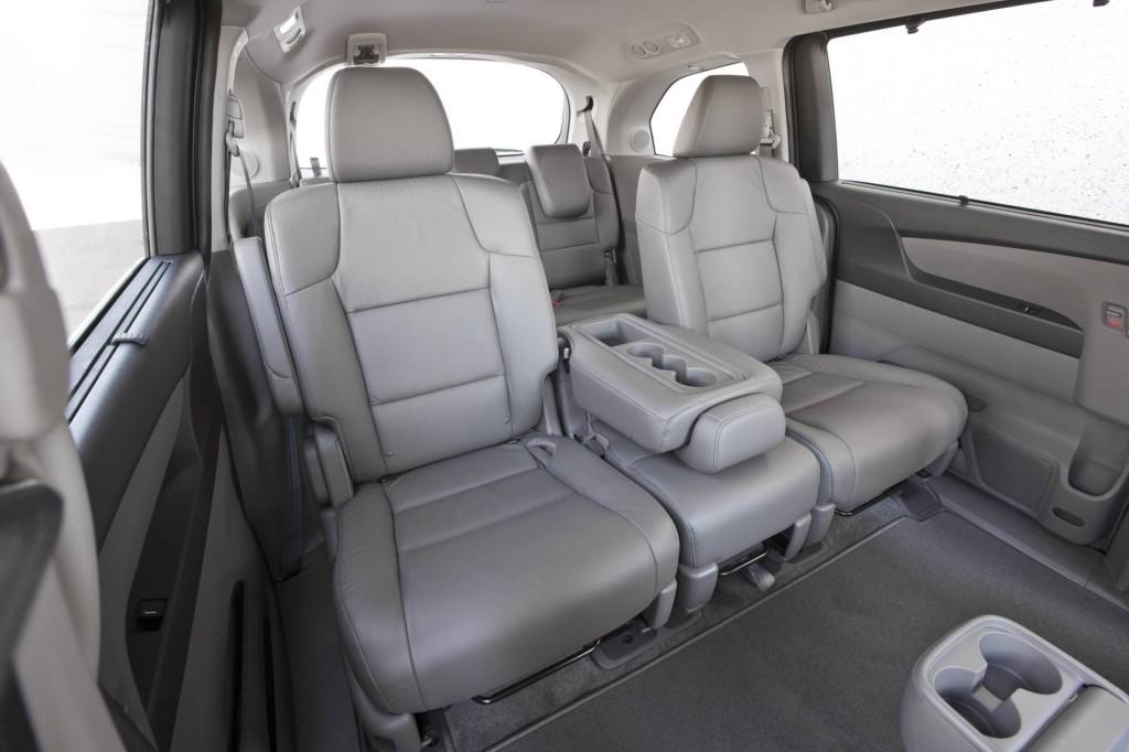 صور اسعار هوندا اوديسي Honda 2013-Honda-Odyssey-Minivan-Image-i03-1024x682.jpg