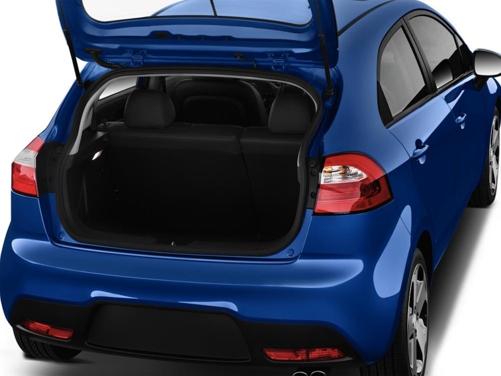 صور أسعار سيارة كيا ريو 2013-Kia-Rio-Blue-Trunk.jpg