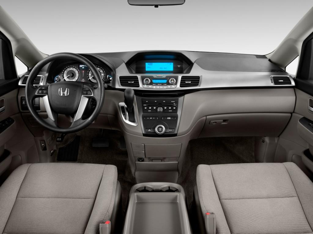 صور اسعار هوندا اوديسي Honda 2013-honda-odyssey-5dr-ex-dashboard_100405225_l.jpg