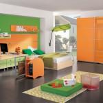 غرفة نوم للشباب لونها اخضر و برتقالي