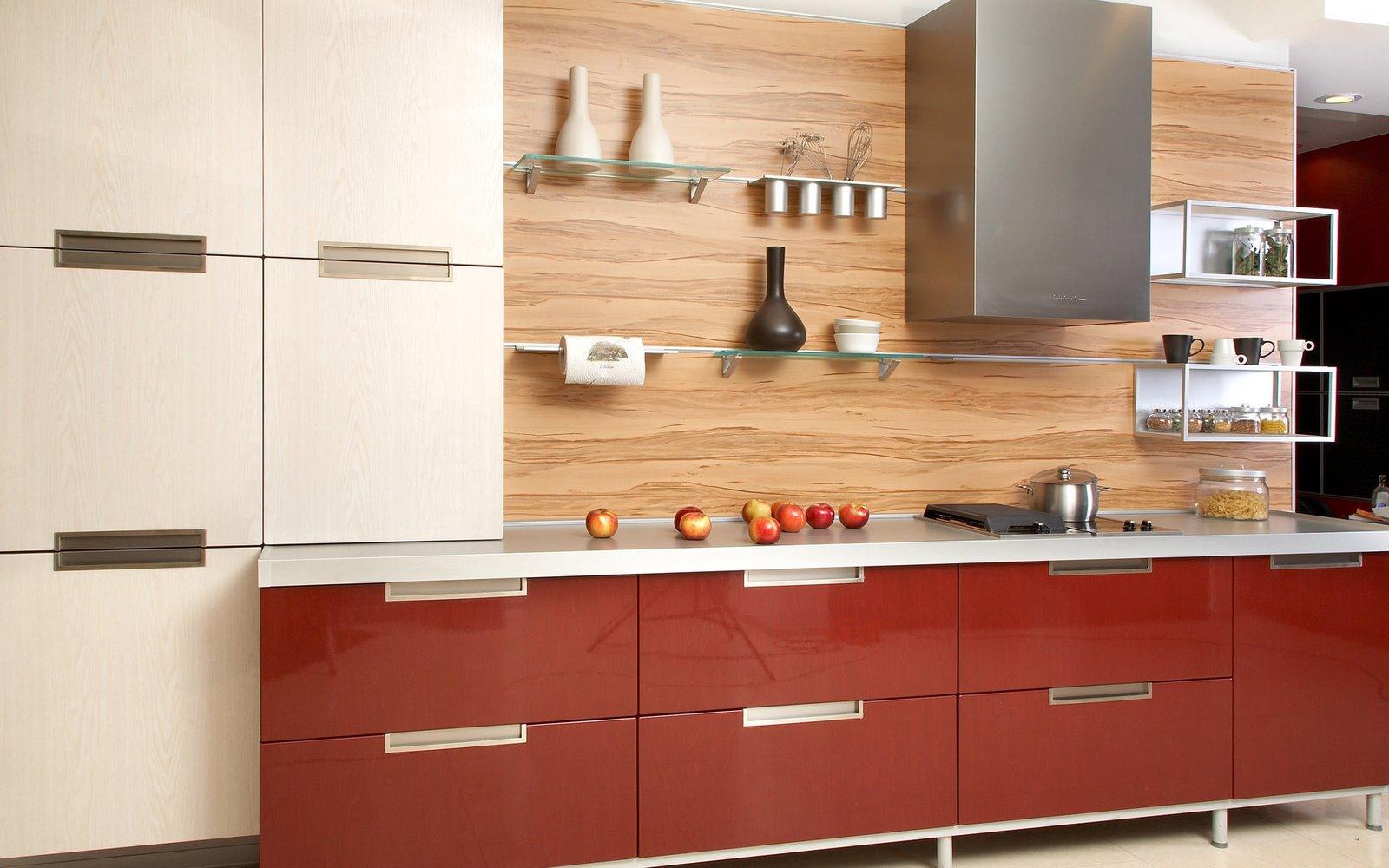 صورة مطبخ ايطالي احمر و بيج