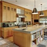 تصميم مطبخ متصل كامل للسقف وبالوسط طاولة طعام - 5593