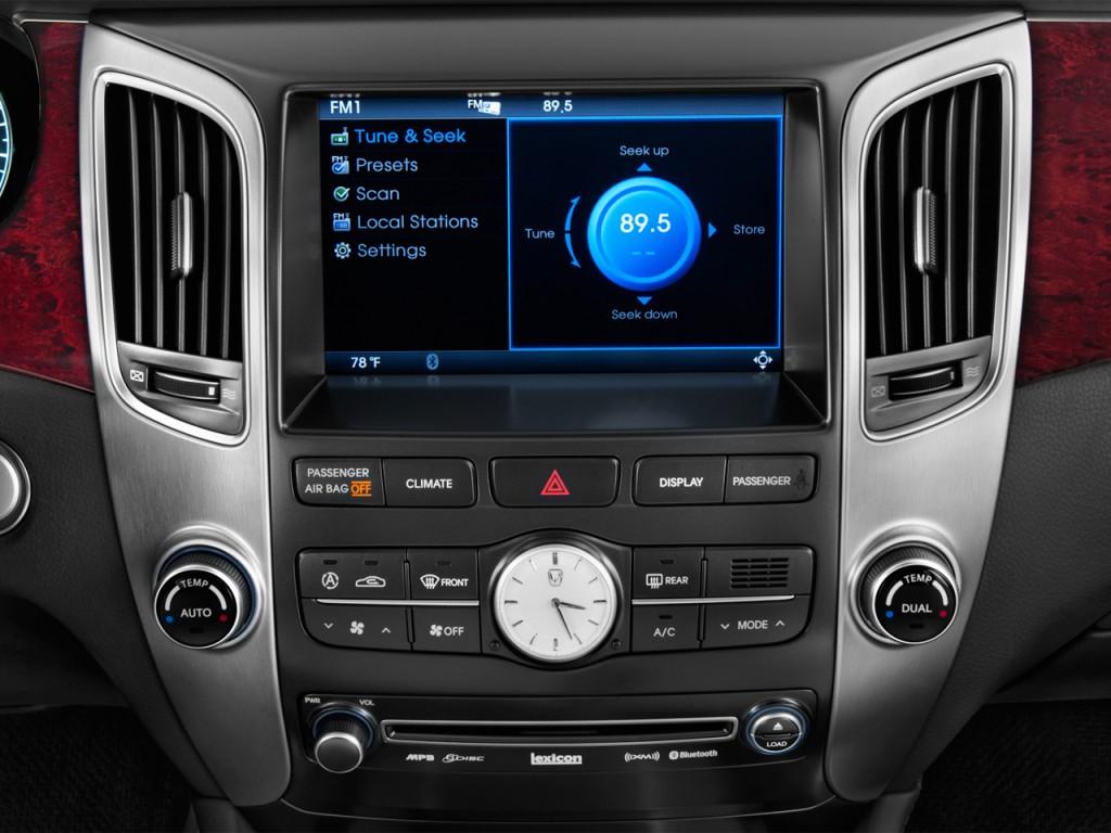 المواصفات والأسعار لسيارة هيونداي سنتنيال 2013-hyundai-equus-4-door-sedan-signature-audio-system_100399147_l.jpg