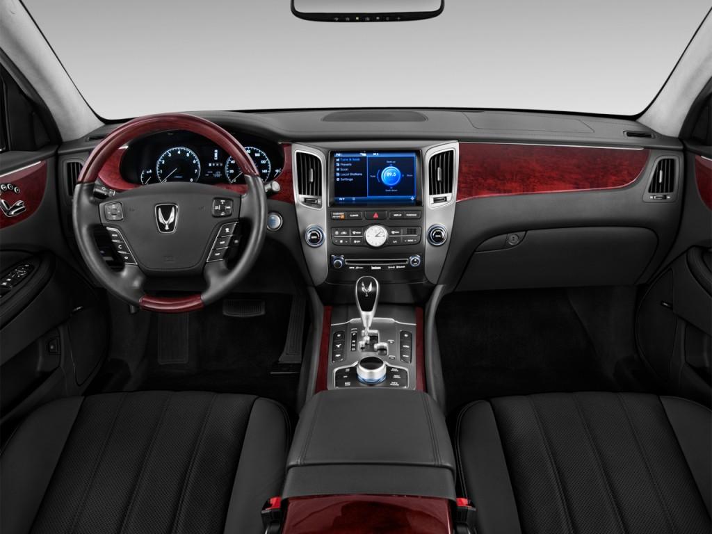 المواصفات والأسعار لسيارة هيونداي سنتنيال 2013-hyundai-equus-4-door-sedan-signature-dashboard_100399148_l.jpg