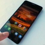 صور هاتف الكاتيل وان تاتش Idol X وشاشة 5 بوصة