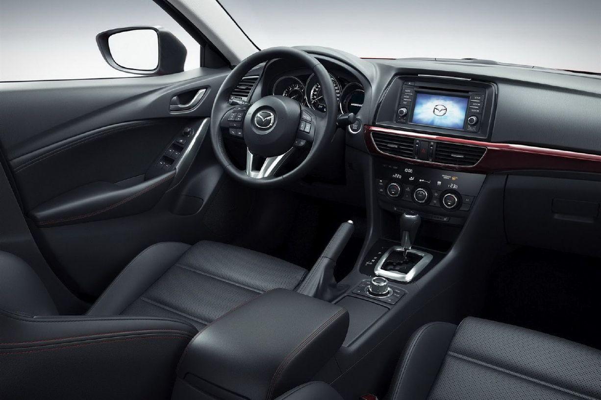 ����� ٢٠١٤ ����� ����� ٢٠١٤ 2014-Mazda6-Sedan-and-Wagon-Interior-View.jpg