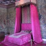 تصميم ستارة ملكية فوق السرير لون موف