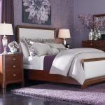 غرف النوم البنفسجية