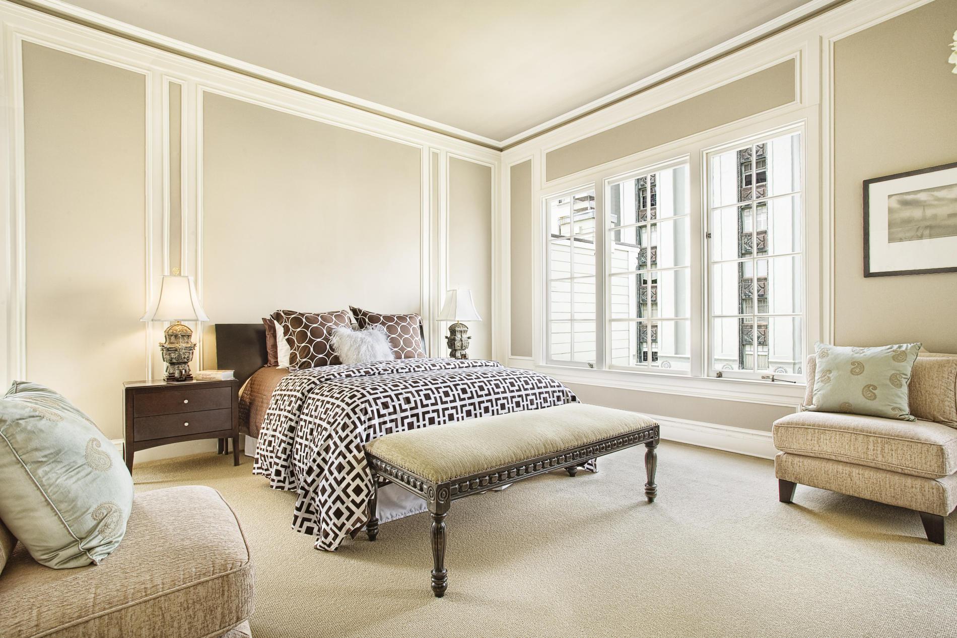 غرفة نوم باللون البيج | المرسال