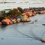 البحيرة العظمى تونلي ساب فى كمبوديا
