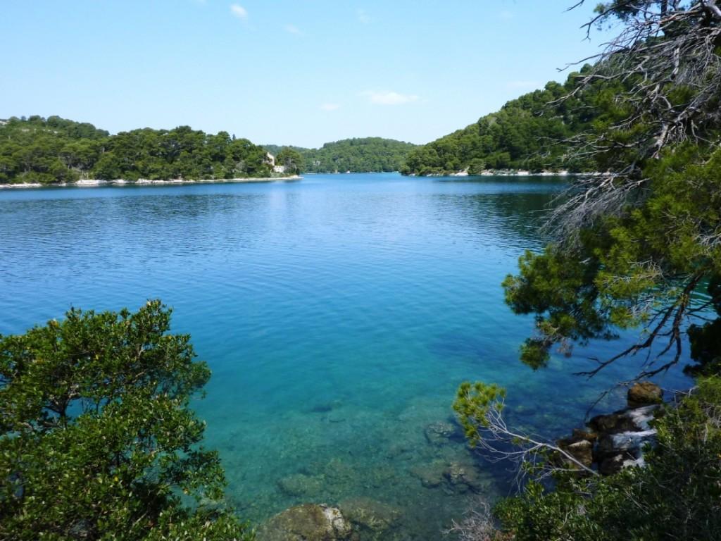 اجمل البحيرات حول العالم