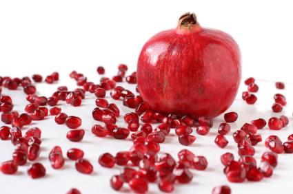 فوائد و اضرار الرمان ..فاكهة الجنة
