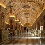 صور ومعلومات مقبرة الفاتيكان في مدينة الفاتيكان