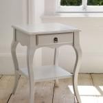 طاولة سرير باللون الأبيض - 16597