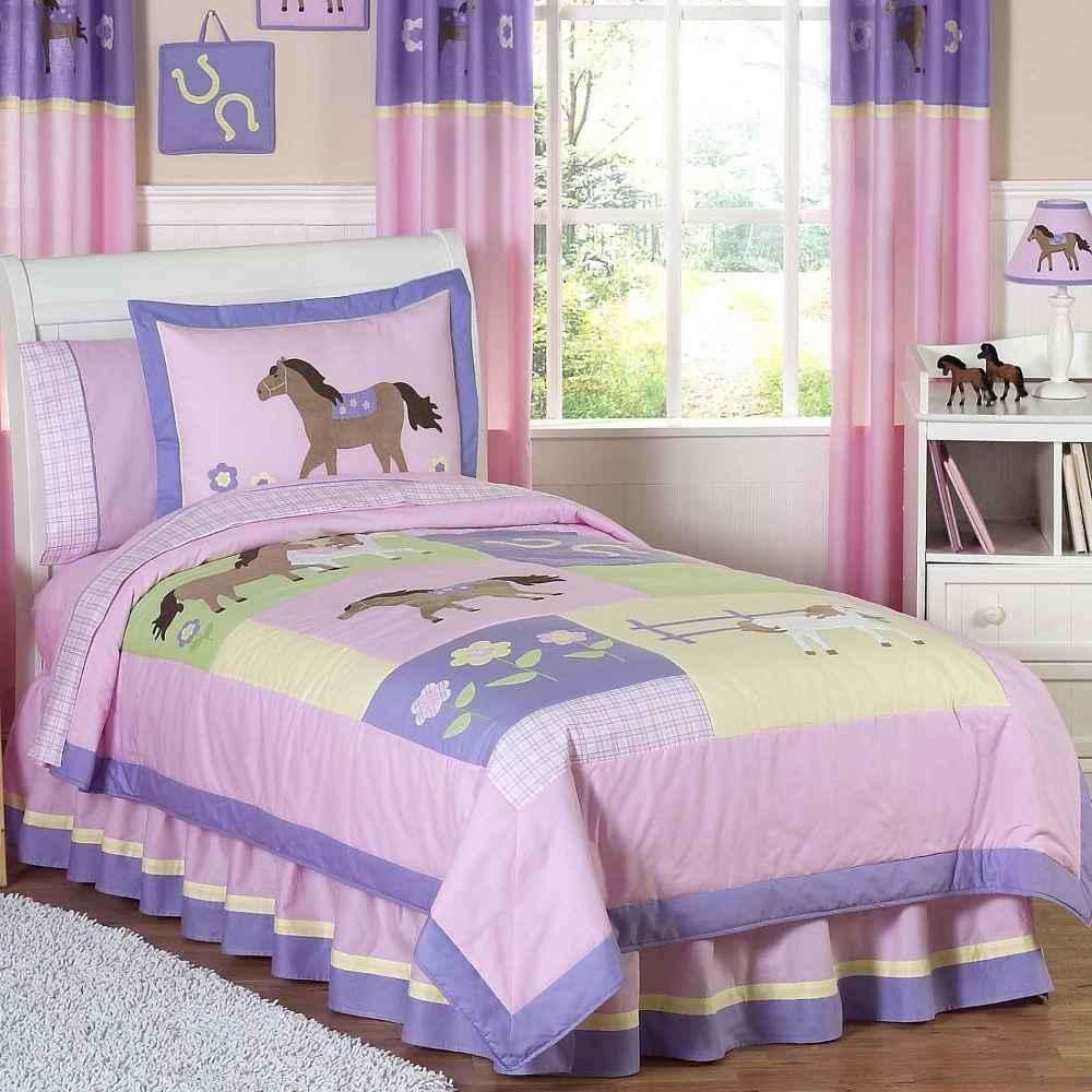 تصميم غرفة نوم أطفال بنفسجية اللون