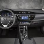 المقاعد الامامية للسيارة تويوتا كورولا 2014