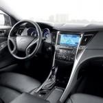 شكل عجلة القيادة الانسيابية للسيارة هيونداي سوناتا 2014