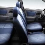 صورة المقاعد الداخلية للسيارة سوزوكي التو 2013