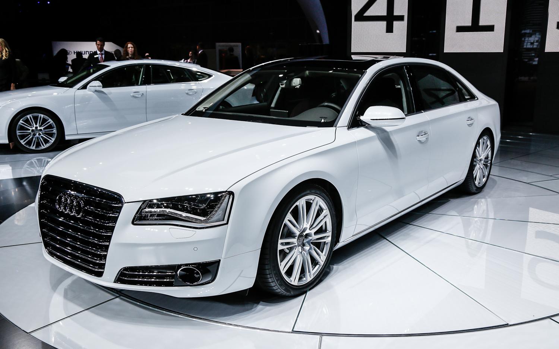 Audi A8 2014 المرسال