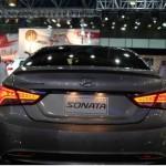 صورة من الخلف للسيارة هيونداي سوناتا 2014