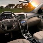 عجلة القيادة الانسيابية للسيارة هيونداي النترا 2014