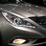 الانوار الامامية للسيارة هيونداي سوناتا 2014
