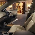 المقاعد الامامية للسيارة تويوتا افالون 2014