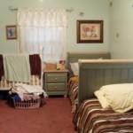 غرفة نوم ضيقة تقليدية