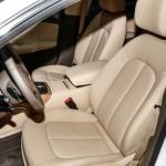 المقاعد الامامية للسيارة اودي A7 2014