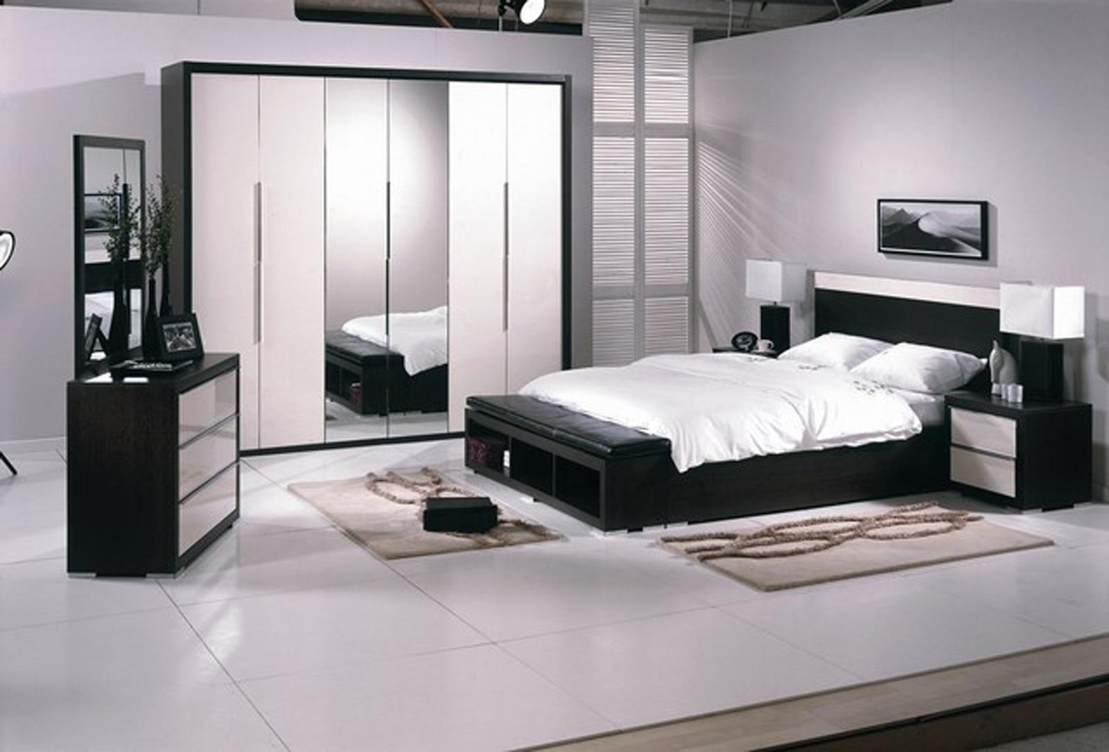 - Habitaciones en blanco ...