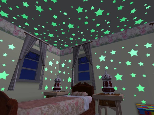Decorate your ceiling with glow in the dark stickers Paint Ideas for Bedrooms تصاميم والوان دهانات غرف اطفال للبنات والولاد