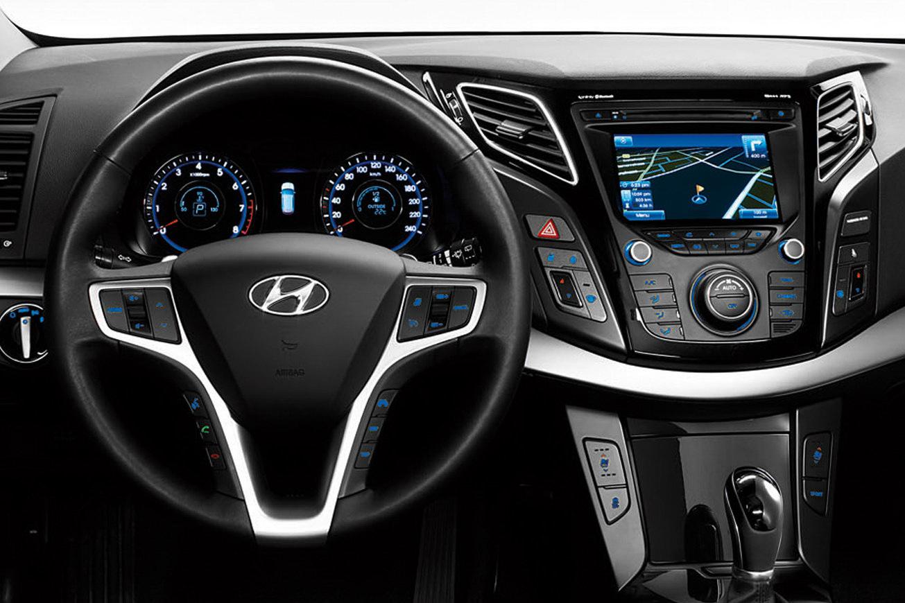 ������� ٢٠١٤ ����� ������� ٢٠١٤ Hyundai-i40-Cw-19.jpg