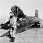الطيار نيل ارمسترونغ