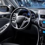 عجلة القيادة الانسيابية للسيارة هيونداي اكسنت 2014