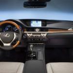 عجلة القيادة الانسايبية للسيارة لكزس ES 2014