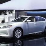 مميزات السيارة لكزس ES 2014