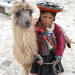 450px-A_Quechua_girl_and_her_Llama - 41739