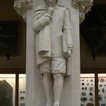 تمثال نيوتن المعروض في متحف التاريخ الطبيعي في جامعة أوكسفورد. - 37357