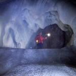 اكبر كهف جليدي في العالم … كهف ايسريزن ويلت