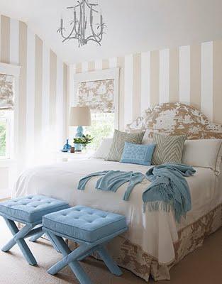 تصميم غرف نوم كلاسيك لون ابيض متألقة   المرسال