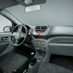 المقاعد الامامية للسيارة سوزوكي سيلاريو 2014