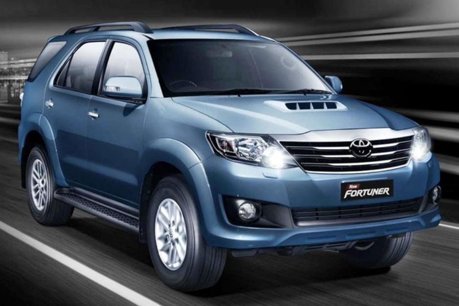 2014-Toyota-Fortuner
