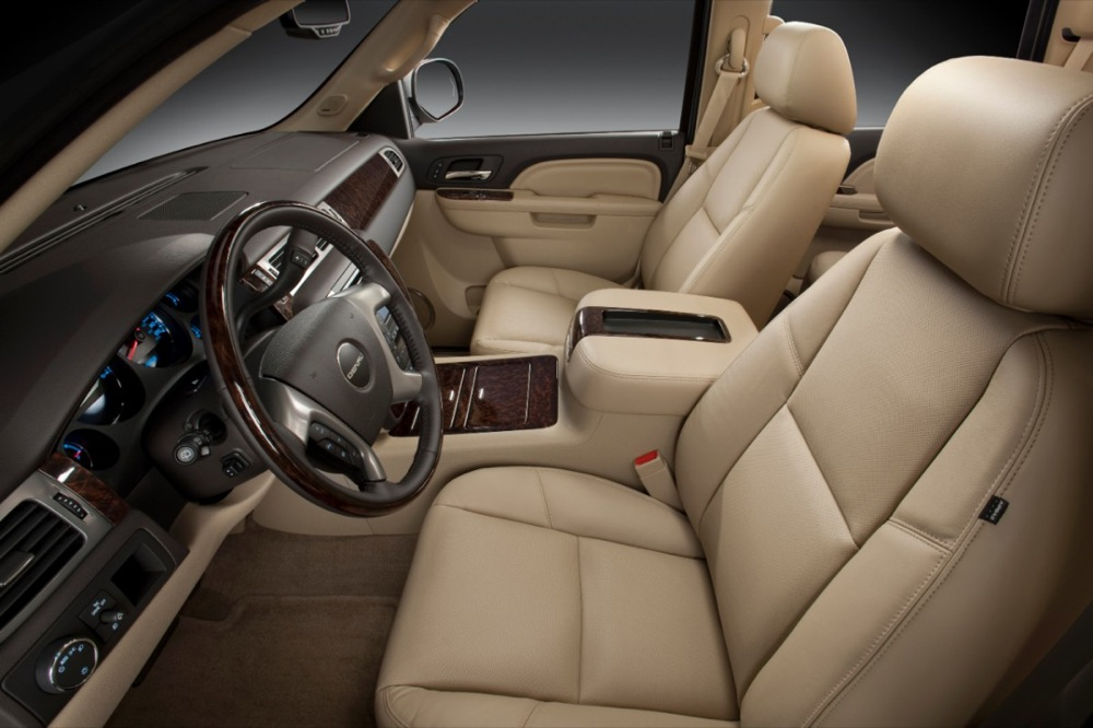 موصفات واسعار سيارة 2014 GMC Yukon